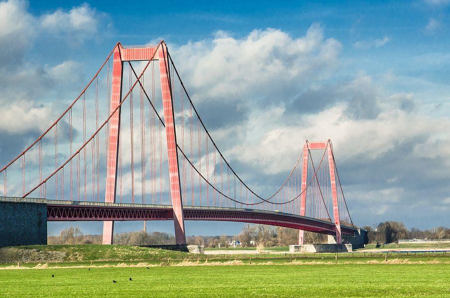 Hangbrug Bij Emmerich Am Rhein D Van Jeroen Kleverwal Op Canvas Behang En Meer