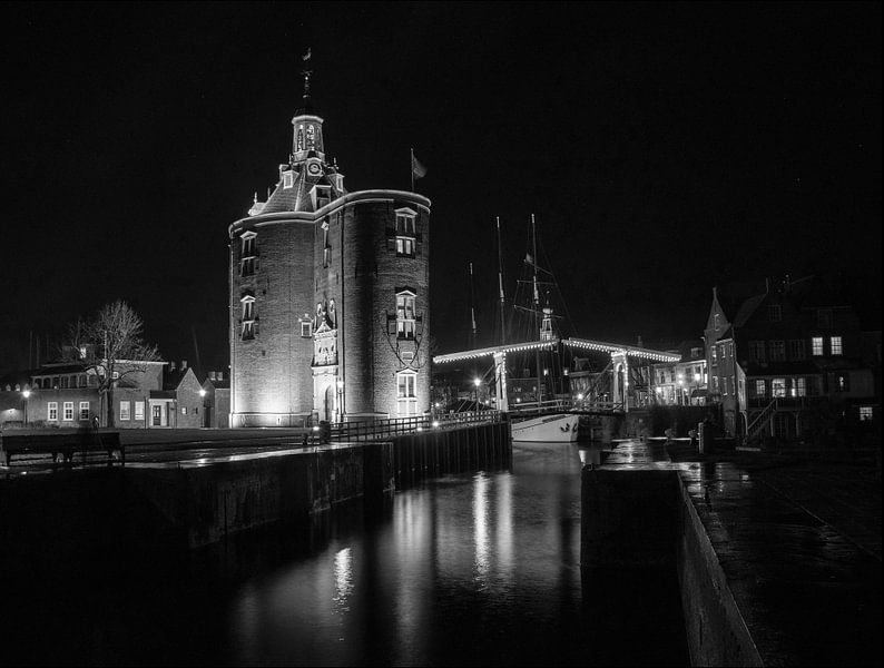 Drommedaris von Enkhuizen schwarz-weiß von Evelien van der Horst