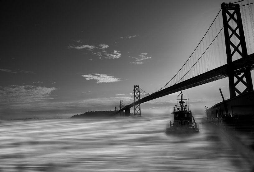 Foggy Bay Bridge van SuperB Design