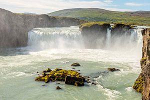 Powerful Godafoss waterfall in Iceland along the road sur Hein Fleuren