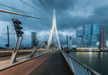 Rotterdam – De stad die nooit stilstaat van David Pronk
