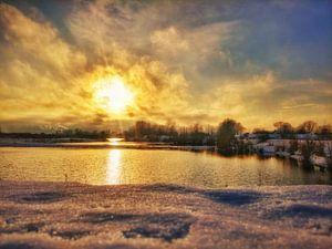 sneeuw voor de zon van
