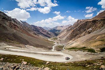 Bergstraße in Kirgisistan von Julian Buijzen