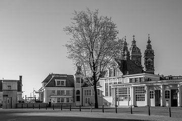 Stationsplein - Noord-Zuid Hollandsch Koffiehuis van Hugo Lingeman