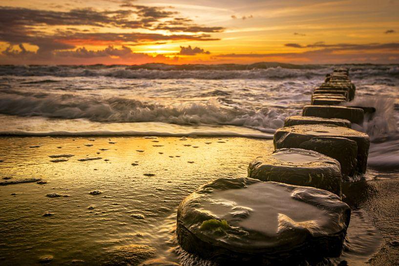 Sonnenuntergang am Meer von Johnny Flash