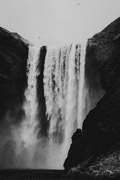 Skógafoss Wasserfall Island von Holly Klein Oonk
