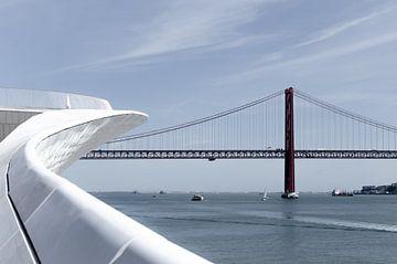 Ponte 25 de Abril, Lissabon, Portugal von Bao Vo