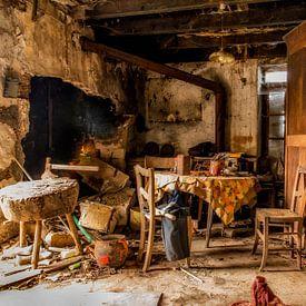 Een verlaten interieur. von Don Fonzarelli