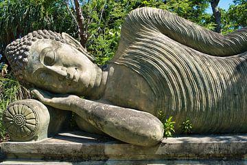Liggend Boeddha in het paleis van Bernd Hartner