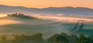 Zonsopkomst Poggio Covili, Val d'Orcia, Toscane, Italië