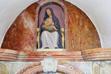 Maria en kindje Jezus, Kapel Melk Grot, Bethlehem van Inge Hogenbijl
