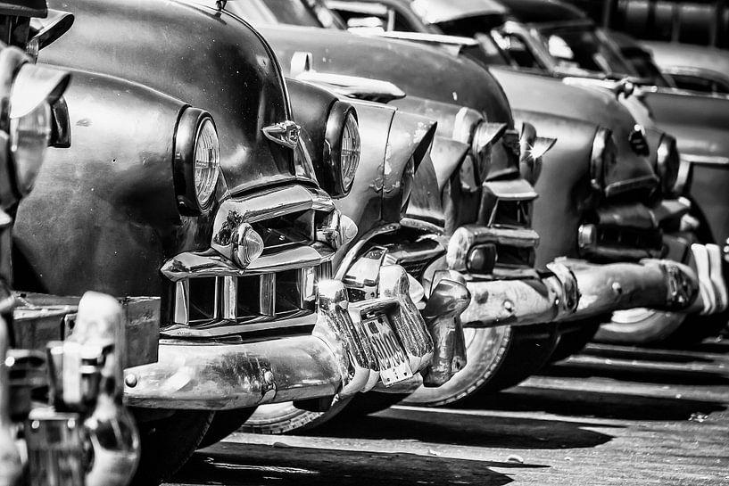 Havanna - bumpers en motorkappen van Theo Molenaar
