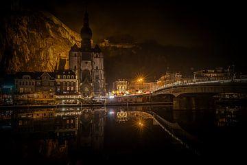 De weerspiegeling van Dinant, Belgie von Richard Lentjes
