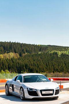 Audi R8 voiture de sport à l'avant sur Sjoerd van der Wal