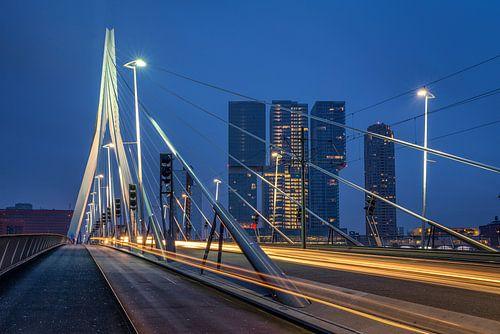 Erasmusbrug in de ochtend van Prachtig Rotterdam