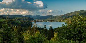 Vue sur le lac sur Jürgen Wiesler