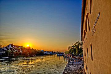 Werelderfgoedcentrum Regensburg bij zonsopgang van Roith Fotografie