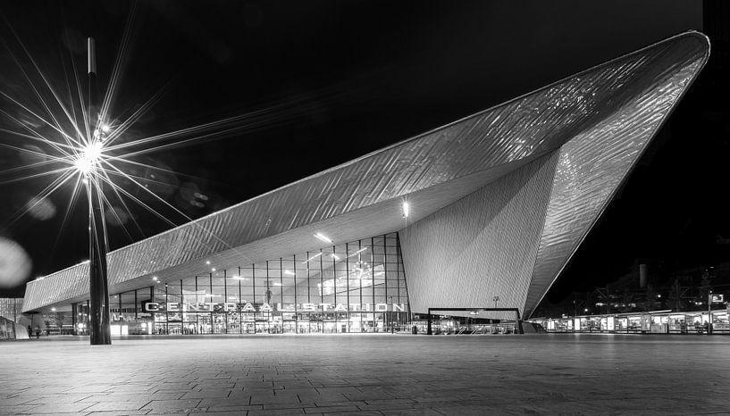 Rotterdam Centraal Station van Studio Wanderlove