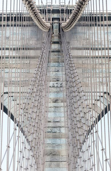 Brooklyn Bridge New York Close-up van Inge van den Brande