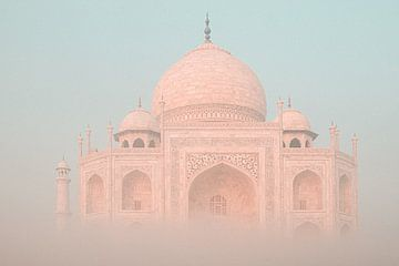 Taj im Nebel von Fulltime Travels