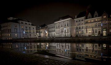 Gents kanaal bij nacht sur Niki Moens