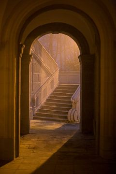 Romeins theehuis Echternach 's avonds en in de mist von Anko Zwerver