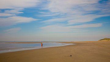 Moment am Strand Vlieland von Gerard Koster Joenje (Vlieland, Amsterdam & Lelystad in beeld)