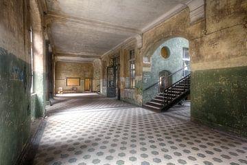 Beelitz - Schoonheid van verval sur Roman Robroek
