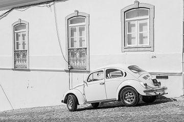 Volkswagen Käfer oldtimer geparkt (VW Käfer) von Michel Geluk