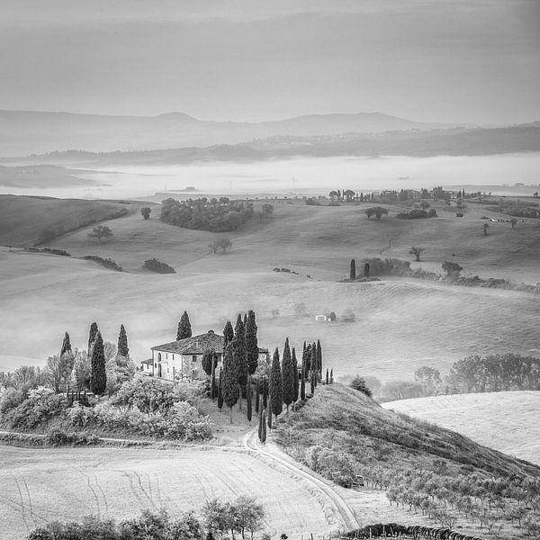 Italië in vierkant zwart wit, Toscane van Teun Ruijters