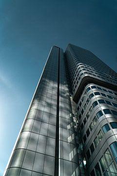 Futuristisches Hochhaus in Frankfurt von Mert Sezer