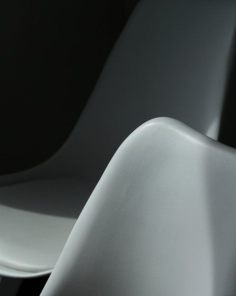 Chaise de contraste. sur Harrie Beuken