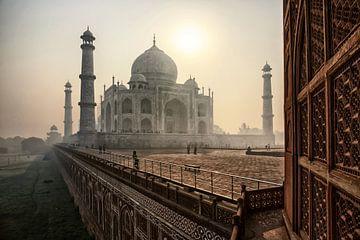 Le beau Taj Mahal le matin, Agra - Inde sur Tjeerd Kruse