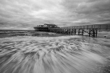 Noordzee - Merenwoning - St. Peter Bestellen in zwart-wit van Jiri Viehmann