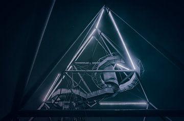 Mothership Zeta - Das berühmte Tetraeder Bauwerk in Bottrop von Jakob Baranowski - Off World Jack