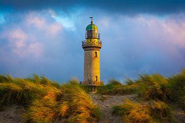 Leuchtturm in Warnemünde von Martin Wasilewski