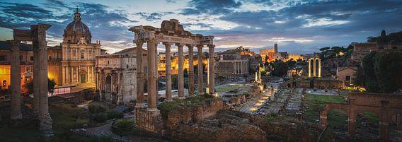 Forum Romanum bij dageraad van Teun Ruijters