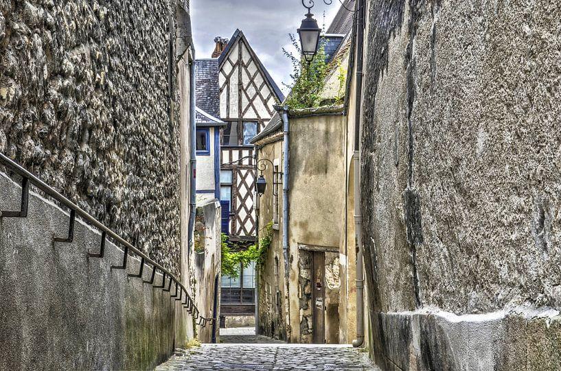 Steeg in Bourges, Frankrijk van Frans Blok