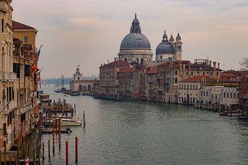 grand canal Venetie van Mark Lenoire