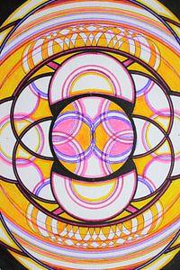 Geometrische variatie op de hexagram in geel roze en zwart