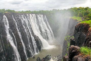 Die Victoriafälle an der Grenze zwischen Sambia und Simbabwe von Evert Jan Luchies
