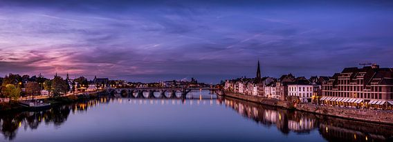 Panorama van de stad Maastricht van Geert Bollen