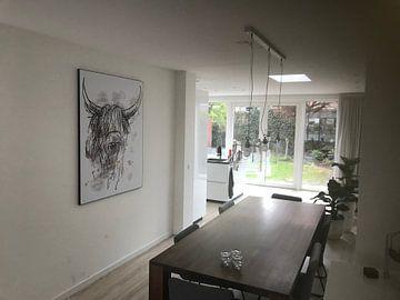 Klantfoto: Stoer abstract waterverf schilderij van schotse hooglander van Emiel de Lange