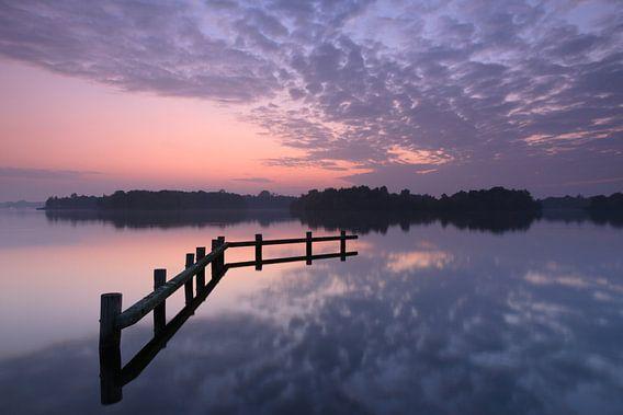 Tranquil Dutch sunset van Sander van der Werf