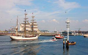 De Bark Europa (Scheveningen haven) van Jon Houkes