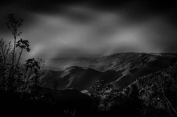 Blick über das Tal in Brasilien von Knowhere Art