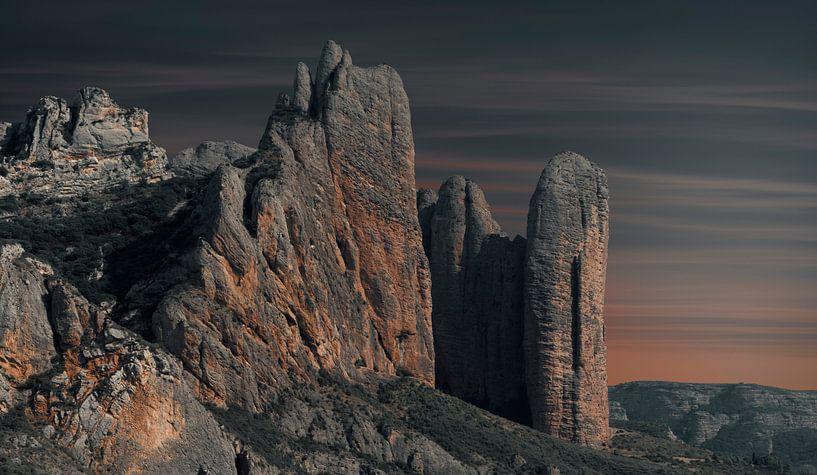0775 Black Mountains van Adrien Hendrickx