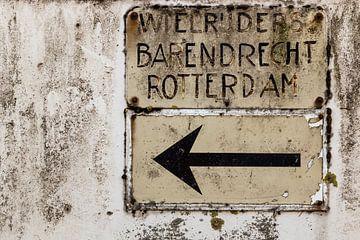 Vintage verkeersbord wielrijders Barendrecht Rotterdam von Edwin Muller
