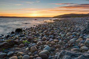 Stenen in het licht van een zonsondergang van