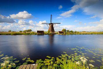Hollandse wolken bij de molens van Kinderdijk van